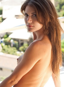 Devine One Jenni Lee Strips Naked And Enjoys The Morning Sun On Her Tight Body - Picture 8