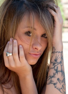 Petite Devine One Riley Jensen Is Playing Around Outside Completely Nude - Picture 7