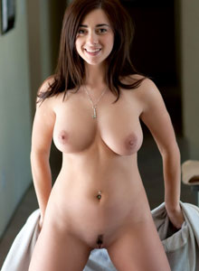 Busty Devine One Taylor Vixen Shows Off Her Big Natural Breasts And Neatly Trimmed Pussy - Picture 8