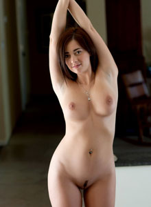 Busty Devine One Taylor Vixen Shows Off Her Big Natural Breasts And Neatly Trimmed Pussy - Picture 9